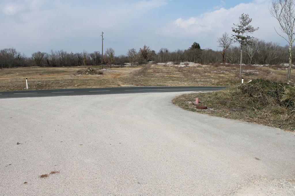 Obvestilo o delni zapori državne ceste R3-614, Opatje selo - Komen