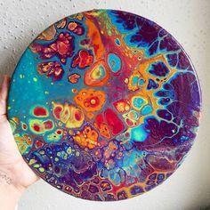 POURING, popularna tehnika polivanja akrilnih barv