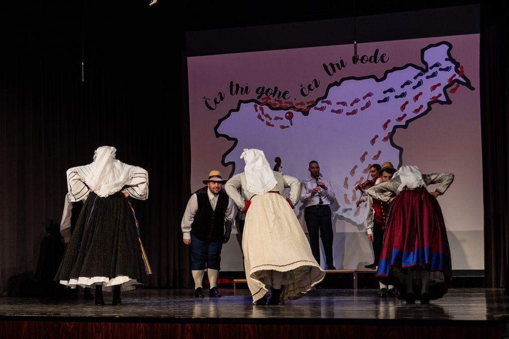 Primorski plesi (foto: Sergej Radosavac)