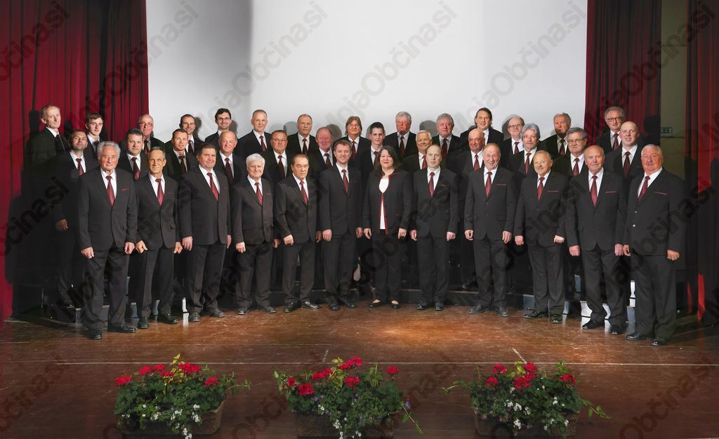 Moški pevski zbor 2016