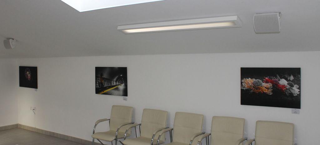 Razstava Medobčinskega društva invalidov Goriške v občinski stavbi