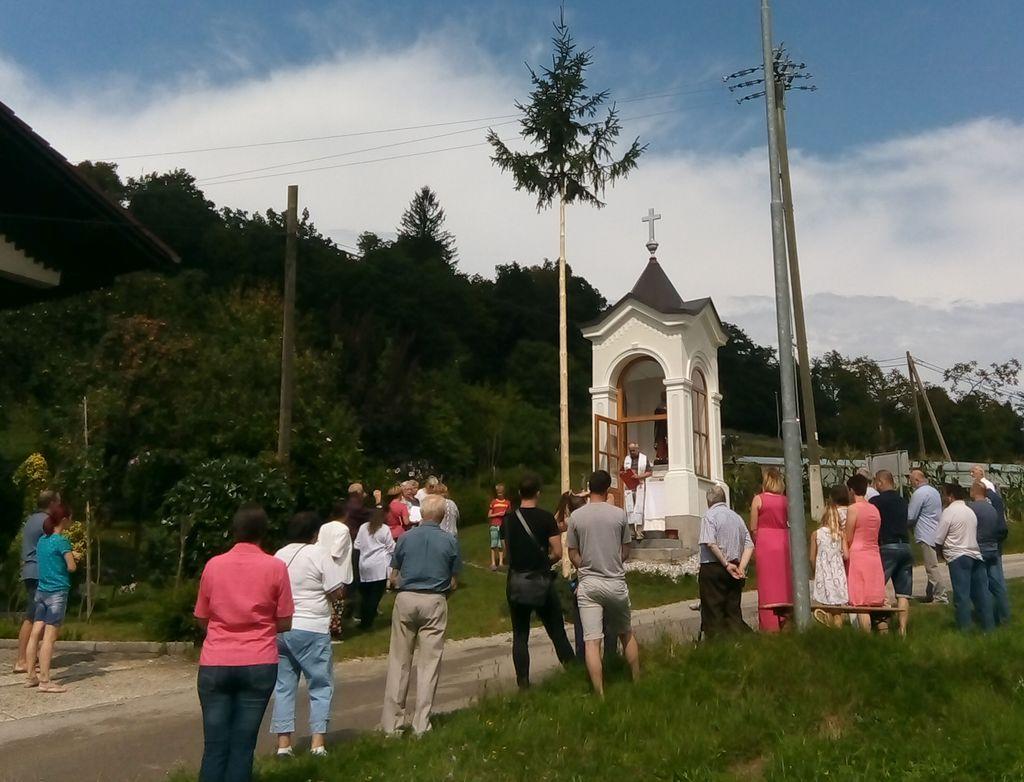 Blagoslov kapelice. (foto: A. Kržič)