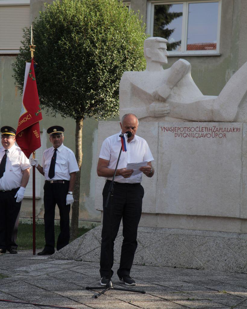 Slavnostni govornik polkovnik Miloš Šonc