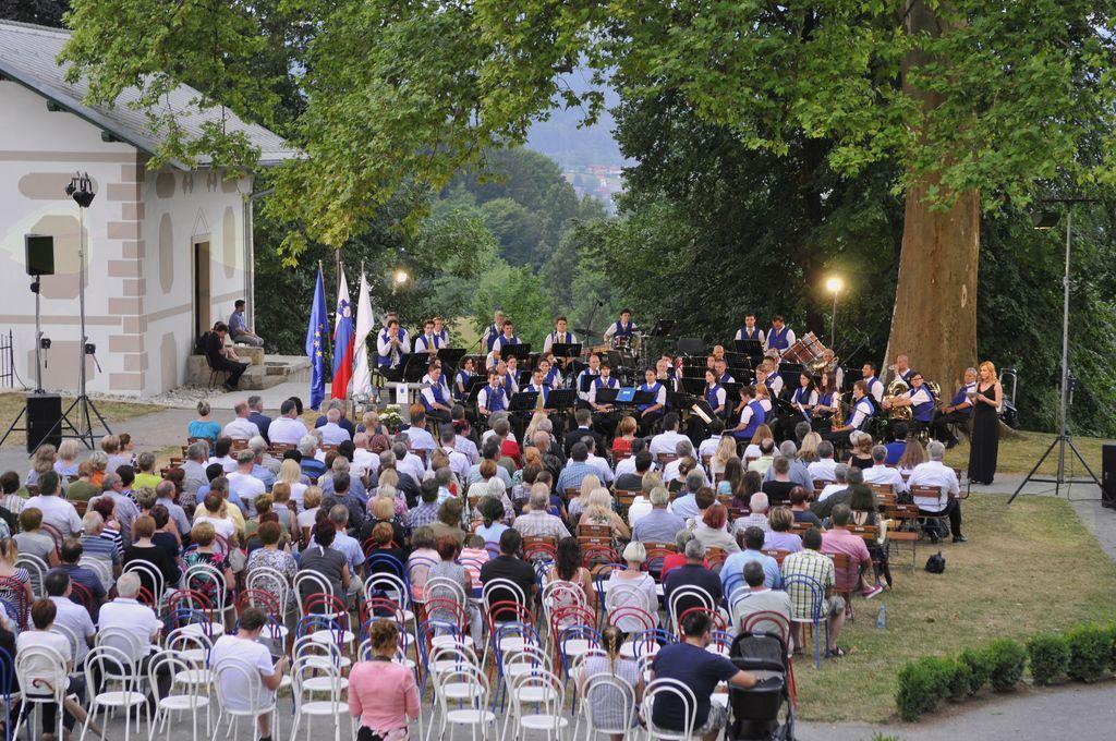 Skupno posavsko praznovanje dneva državnosti s koncertom Godbe Sevnica