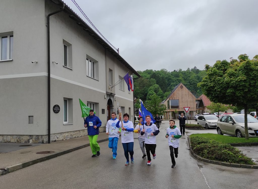 Slovenska olimpijska bakla na poti po občini Ig