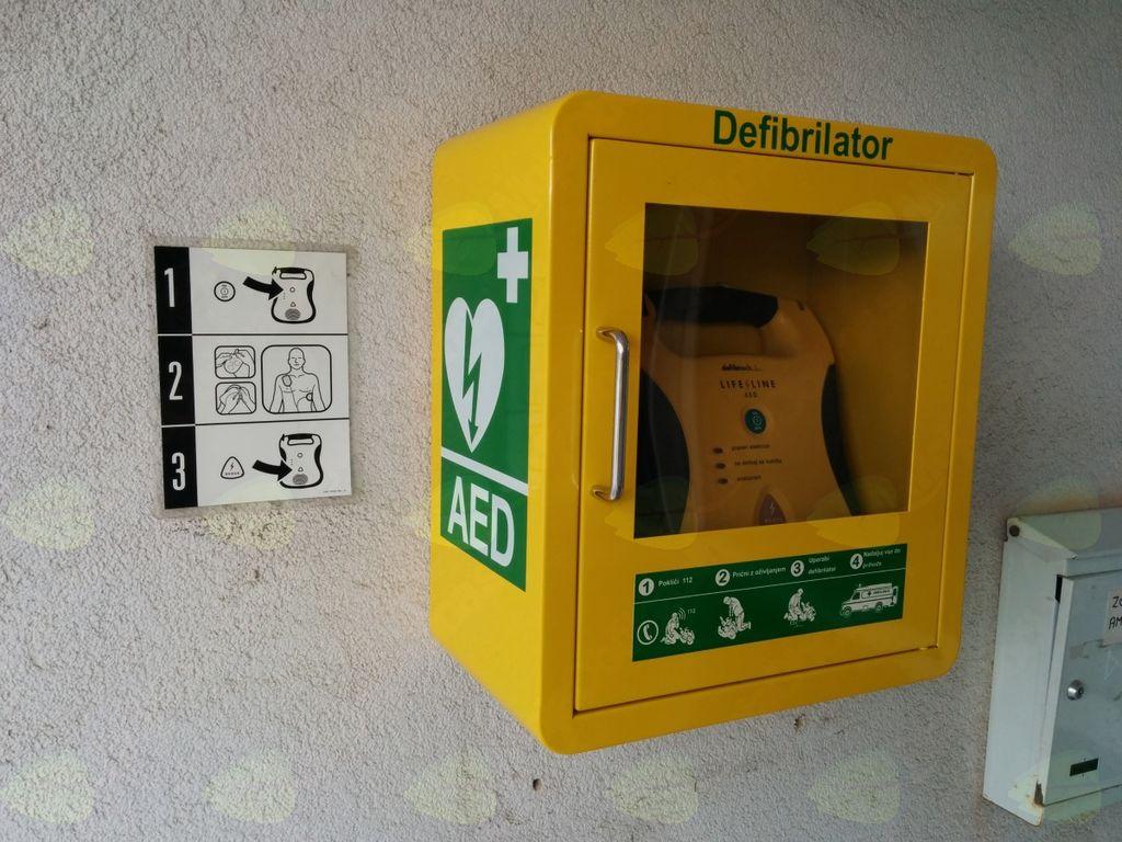 Vabilo na predstavitev delovanja avtomatskega defibrilatorja