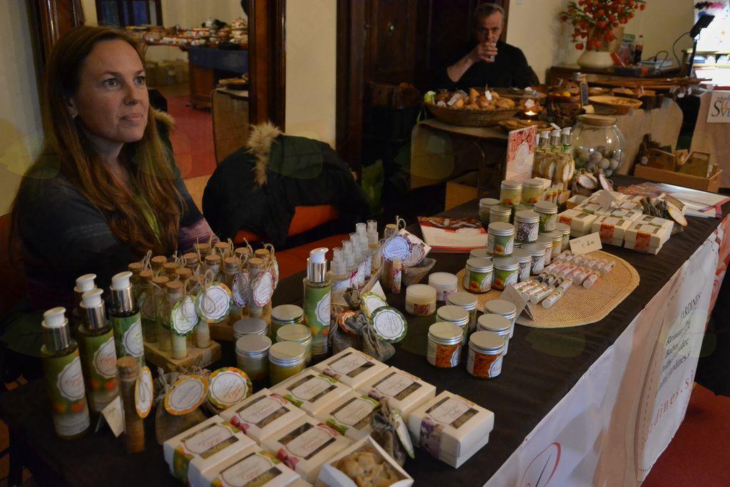 Lokalni podjetniki se predstavijo - JARDINES, izdelava naravne kozmetike
