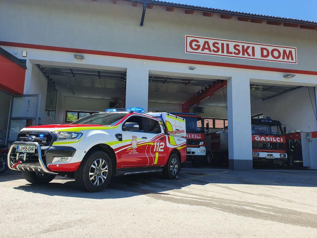 Gasilci iz Kamnika pod Krimom dočakali nadgrajeno novo vozilo