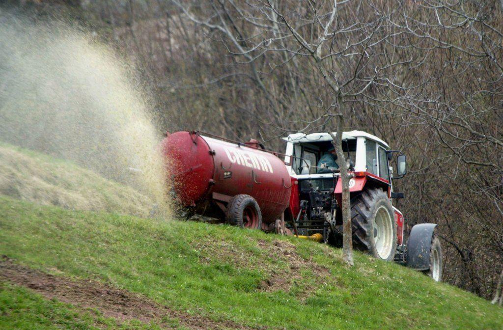 Pazljivo pri gnojenju kmetijskih zemljišč