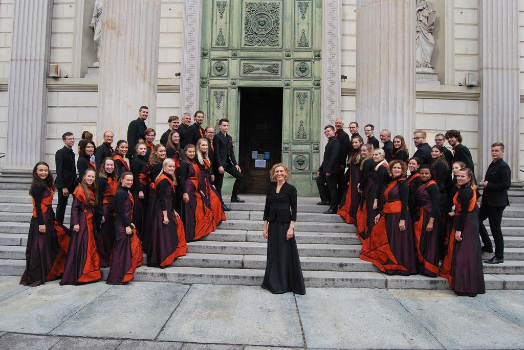 Promenadni koncerti Zbora sv. Nikolaja Litija
