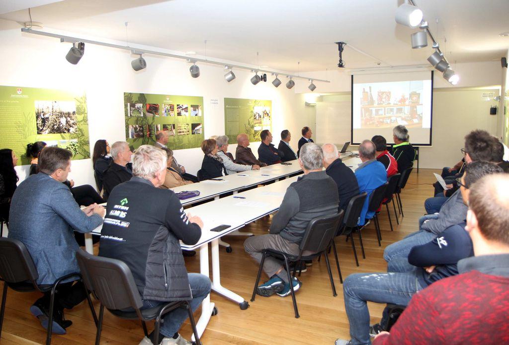 Predstavitvi urejanja Občine Polzela za obiskovalce so sledili številni predlogi predsednikov društev.