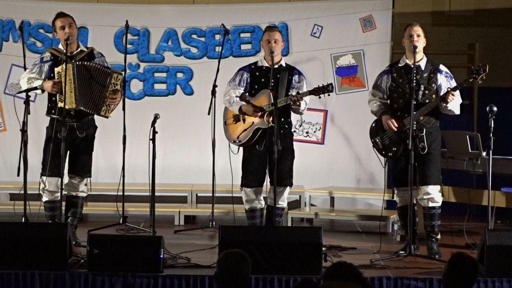 Zimski glasbeni večer na OŠ Tržišče