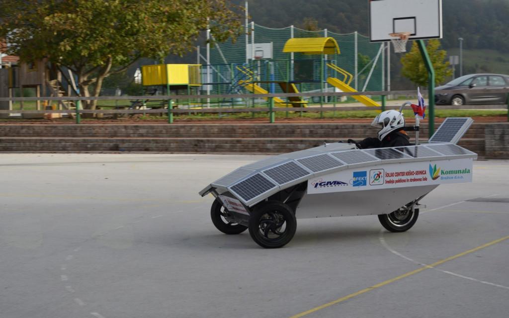 Predstavitev solarnega avtomobila dijakov Šolskega centra Krško-Sevnica