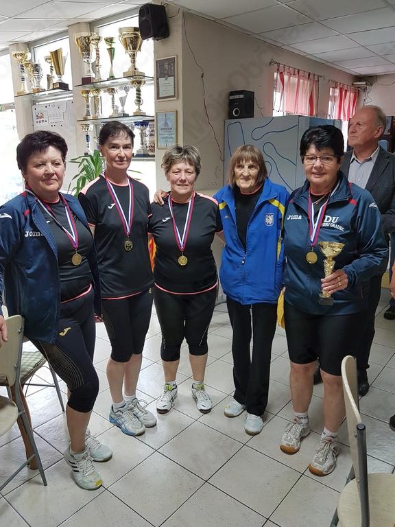 ženska ekipa DU SG