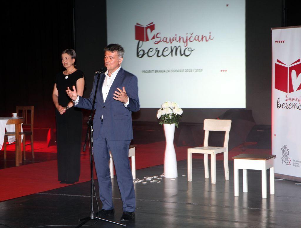 SAVINJČANI BEREMO  Zaključno druženje bralcev z Mojco Širok in Eroiko Aromatiko