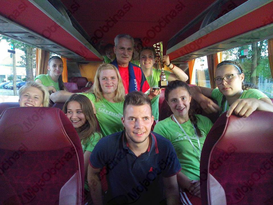 Dekleta NK Fužinar prve v Sloveniji