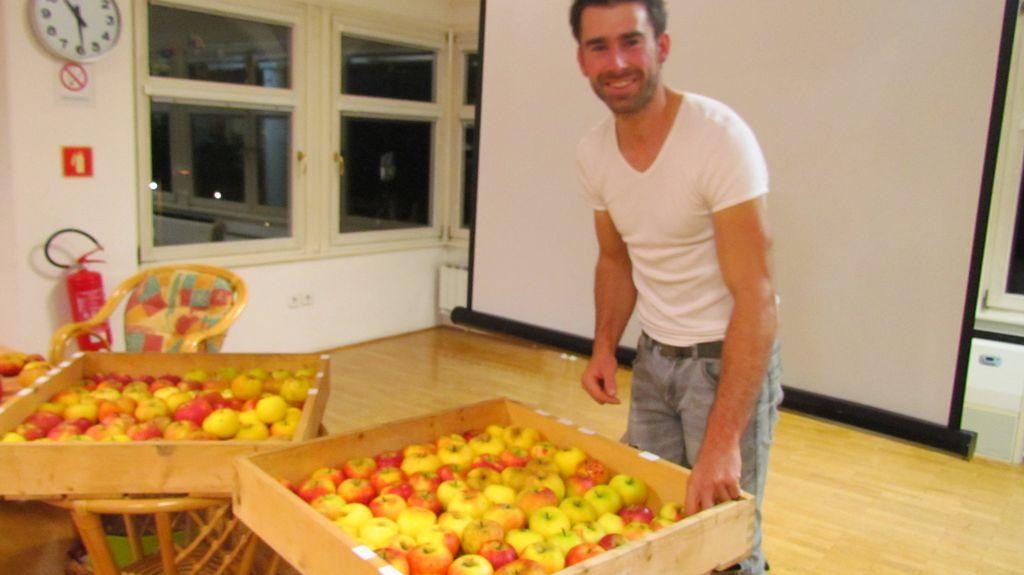 Pridelajmo si zdravo in okusno sadje na domačem vrtu