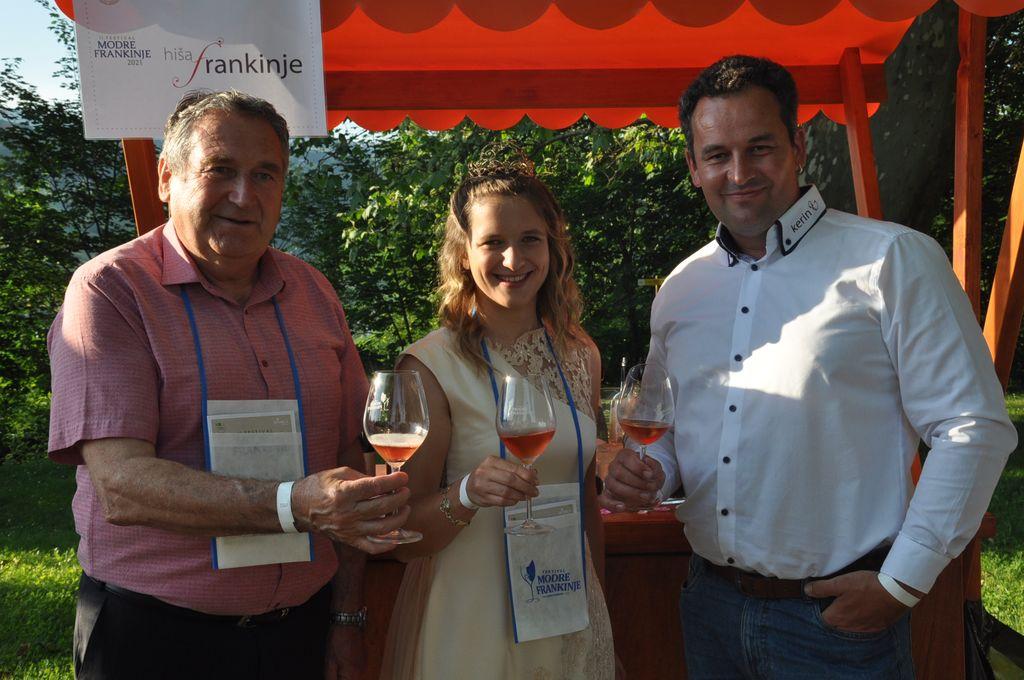 24. vinska kraljica Ana Pavlin je za svoje protokolarno vino izbrala modro frankinjo.