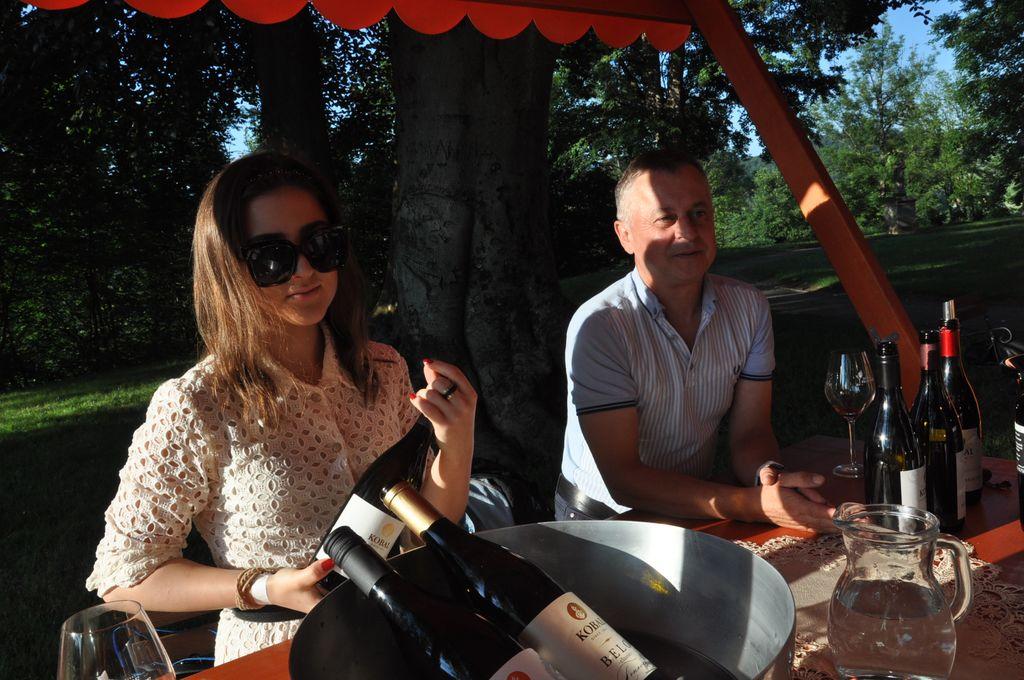 Med ponudniki na stojnicah je bilo videti tudi naše sevniške vinarje in vinogradnike.