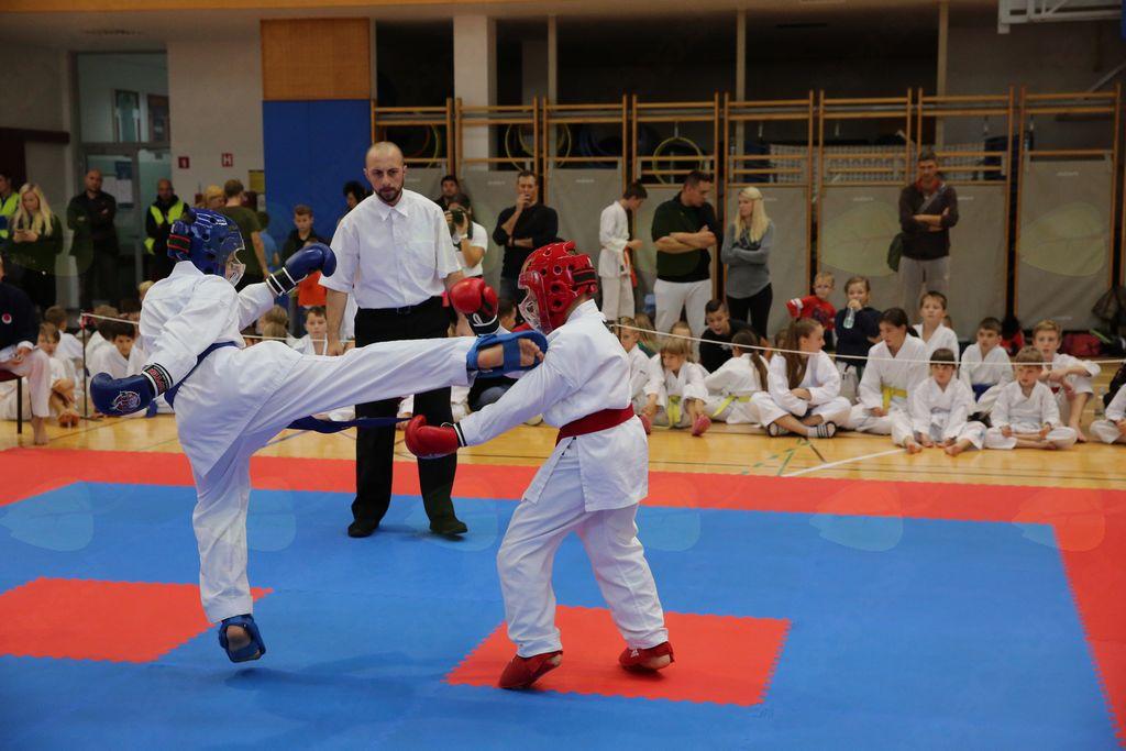 Full Karate Combat - borba dečki