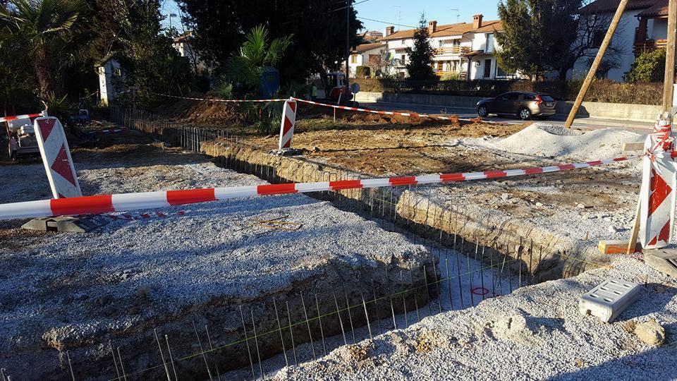1. faza širitve šempetrskega pokopališča se je začela