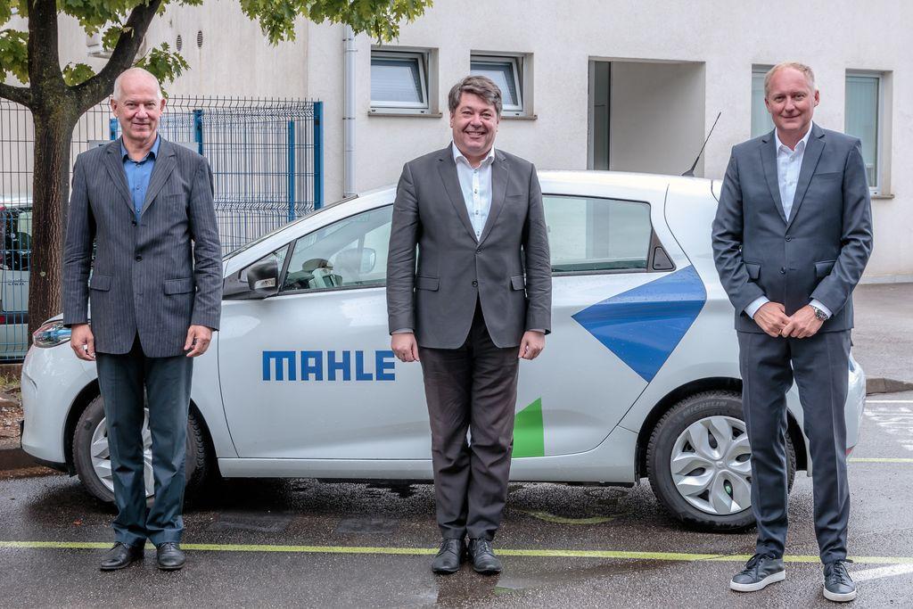 Direktorja Guntram Haas in Bojan Konič z županom Milanom Turkom.