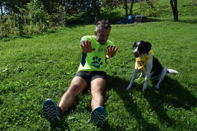 Za 120 kilometrov dobrodelnih korakov ob svetovnem dnevu živali – Koraki za tačke