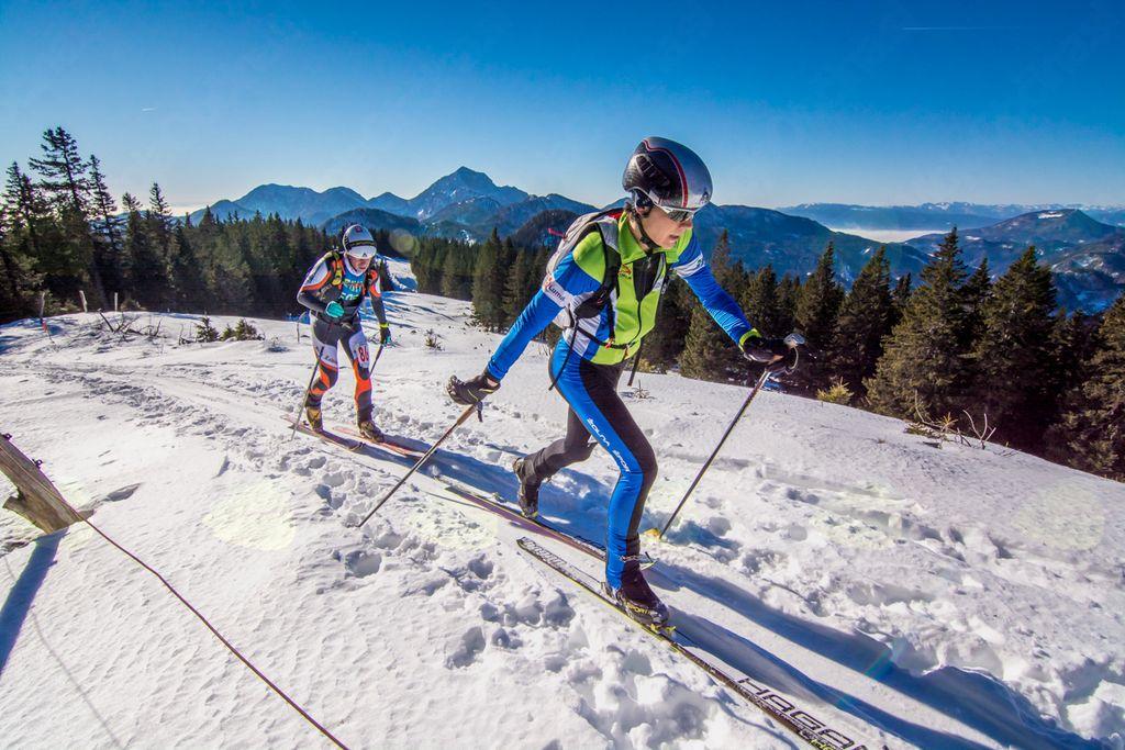 Turno smučanje - od rekreativnega razmaha do olimpijskega sna (foto Primož Šenk)