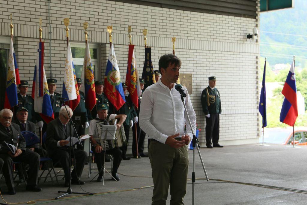 Na mejnem platoju Karavanke proslavili dan državnosti