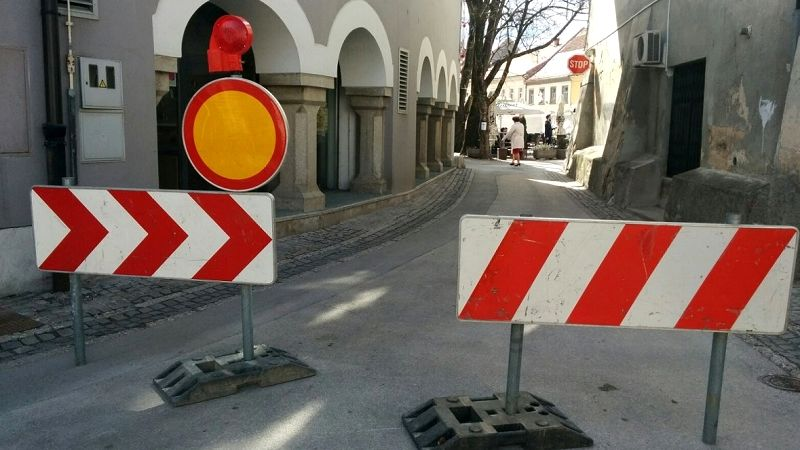 Zaradi montaže potopnega stebrička prihodnji teden zapora Šolske ulice
