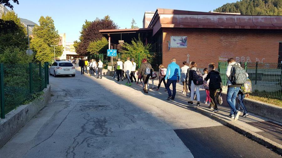Vabljeni na pešbus do Osnovne šole Toneta Čufarja
