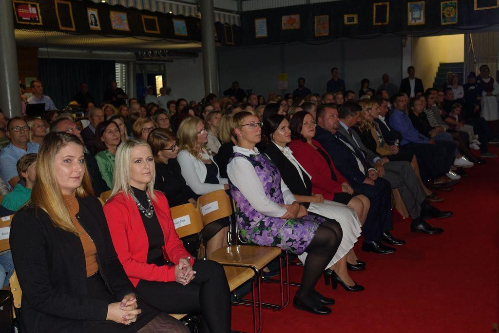 50 let Podružnične osnovne šole s prilagojenim programom Brinje Grosuplje