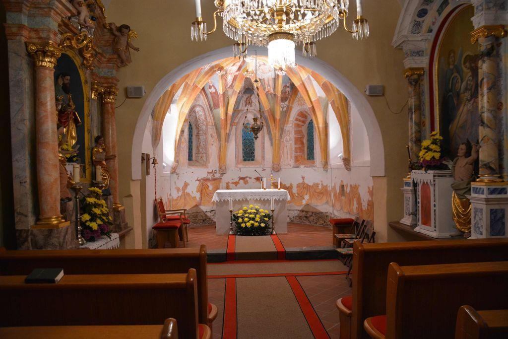 Predstavitev in blagoslov obnovljenih fresk v podružnični cerkvi sv. Petra in Pavla na Spodnji Slivnici