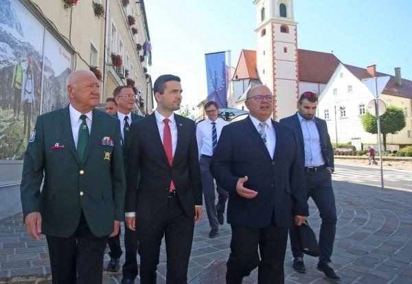 Glavni zbor Zveze veteranov vojne za Slovenijo veteranov