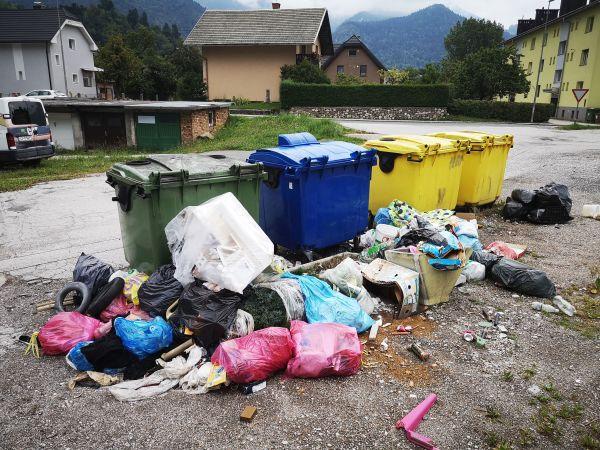 Ukinitev eko otoka na Dobravski ulici na Slovenskem Javorniku