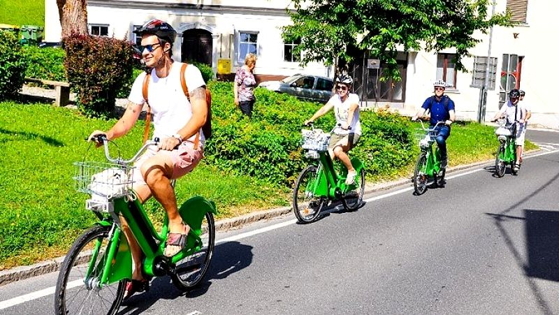 Kampanja S kolesom ali peš v službo v polnem teku