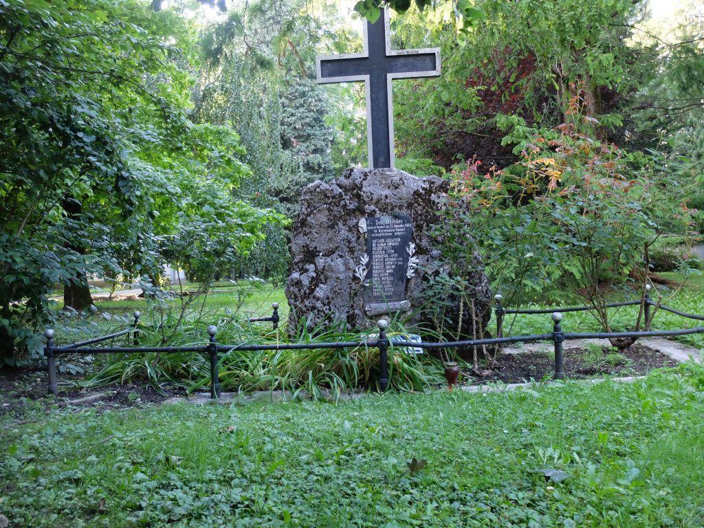 Obnova spomenika na grobišču ponesrečenih graditeljev karavanškega predora