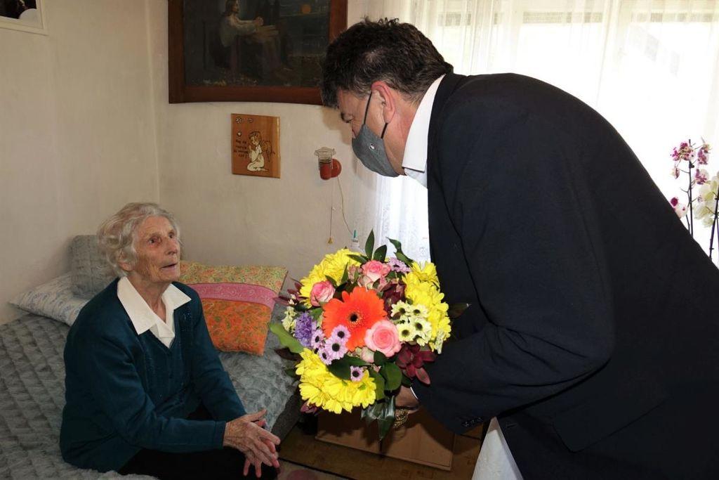 Angela Zaletelj praznovala 100. rojstni dan