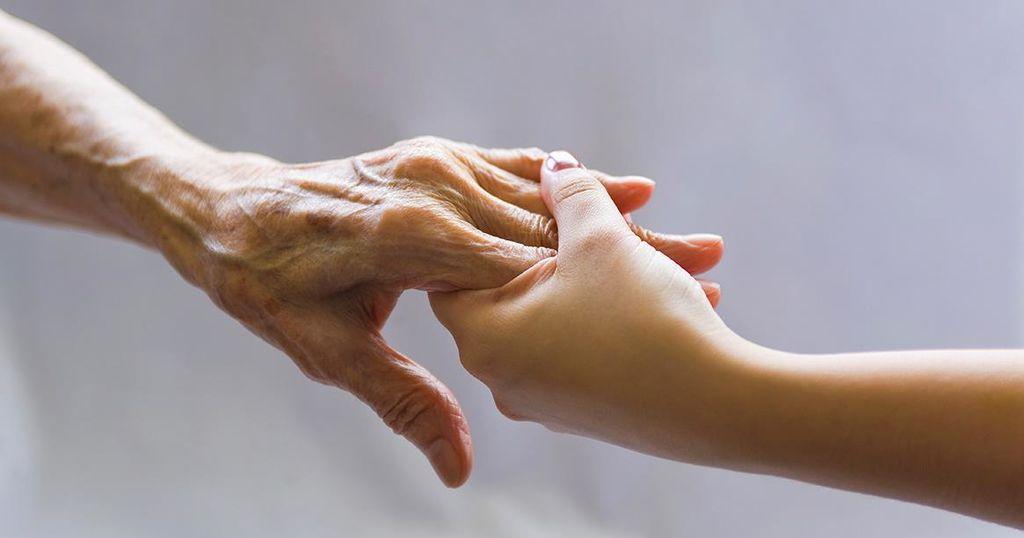 Brezplačni tečaj za družinske oskrbovalce