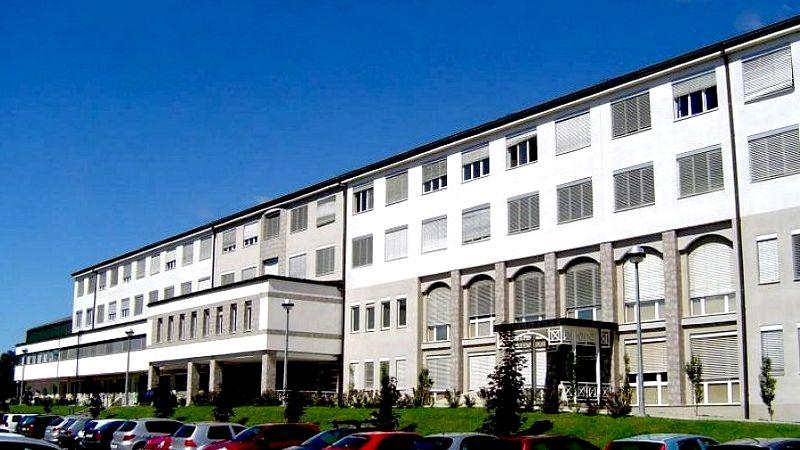 Iz splošne bolnišnice Novo mesto sporočajo, da se stanje rahlo umirja