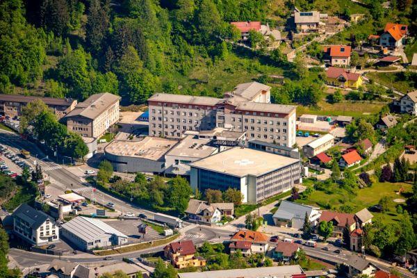 Gorenjska regijska bolnišnica - Občina Jesenice vztraja, da bolnišnica ostane na Jesenicah