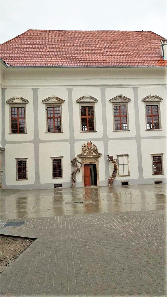 Gradbena dela delne obnove na Borlu so zaključena