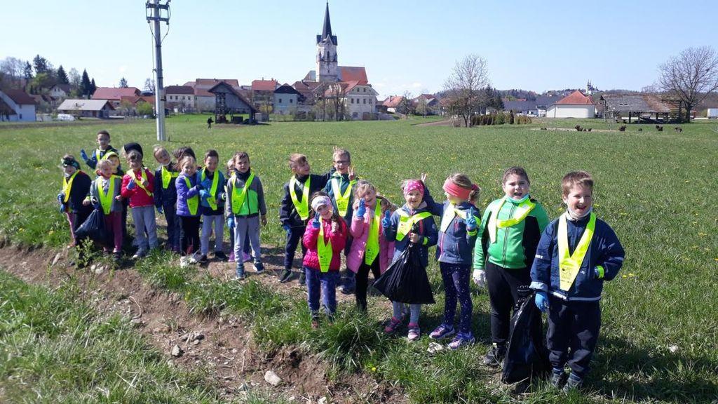 OŠ dr. Pavla Lunačka Šentrupert sodelovala na občinski čistilni akciji 2021