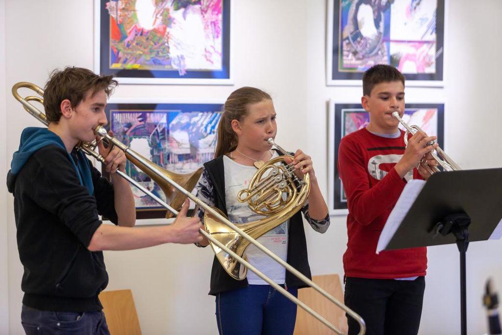 Glasbena šola Škofja Loka, Oddelek v Žireh: vabilo k vpisu novih učencev