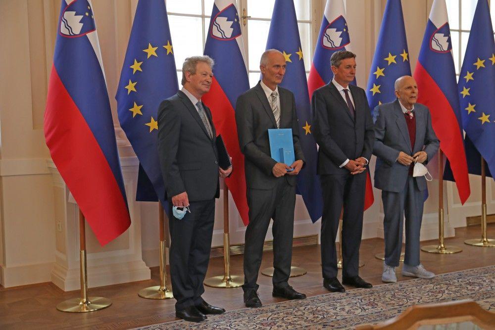 Nagrajenci v Predsedniški palači (Foto: Irena Mušič Habjan)