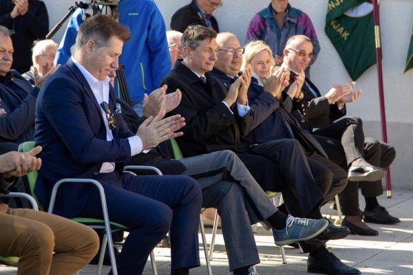 Video: Predsednik Pahor na proslavi ob 35. obletnici Maistrovih prireditev na Zavrhu