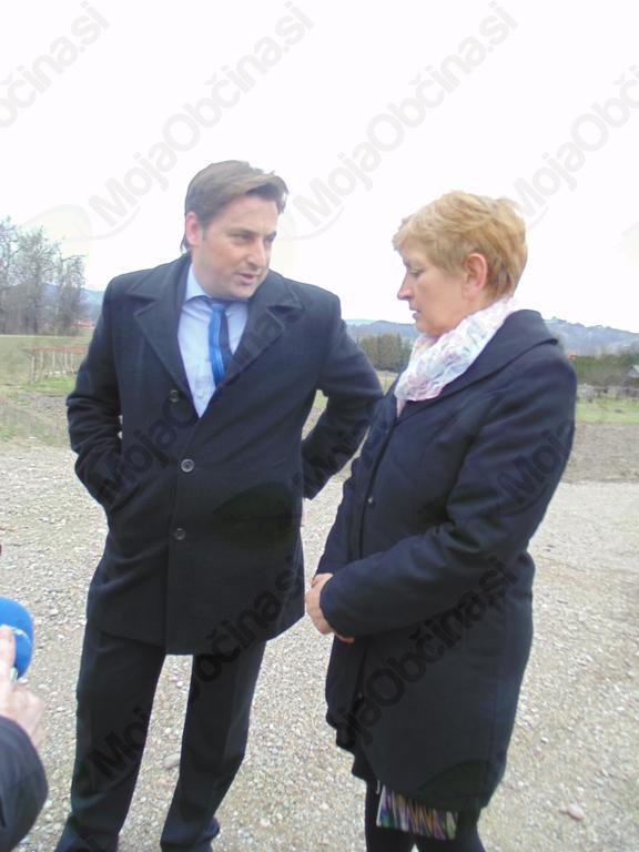 Obisk ministrice za okolje in prostor v občini Duplek