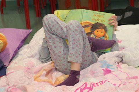 S knjigo do spanca
