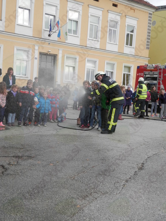 Gasilska vaja ob mesecu požarne varnosti
