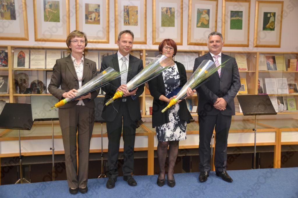 Letošnji nagrajenci z županom.